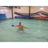 aula de hidroginástica com bola Santa Cecília