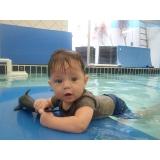 aula de natação para bebês Liberdade