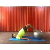 aula de pilates com a bola Santa Cecília