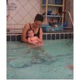 aulas de natação de bebe Jockey Club