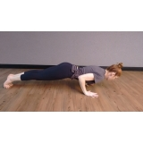 aula de yoga e meditação