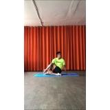 aula de yoga iniciante