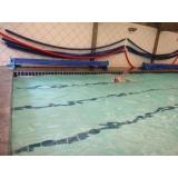 escola de natação para adultos