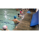 quanto custa aula de natação para intermediários Moema